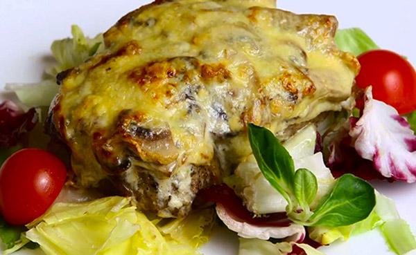 мясо по-французски из духовки