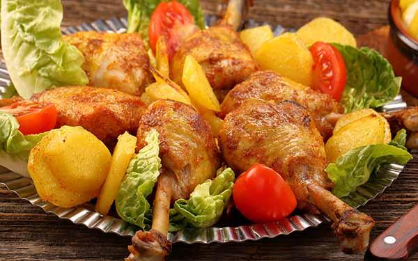 Куриная голень с овощами